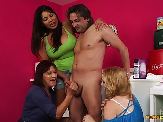 CFNM mature group sex for the lucky baffle