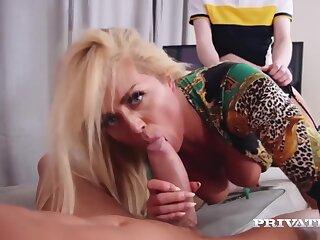 Presents - Hot Mommy Double Fuckd - Rebecca Jane Smythe
