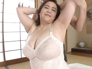 Busty Japanese chick Hayama Nobuko gets fucked in missionary