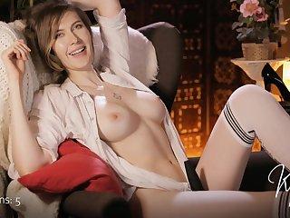 hot MILF Karen Kitty webcam dwell show