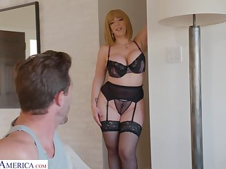 Curvaceous progenitrix about sexy lingerie Sara Booby seduces young stepson