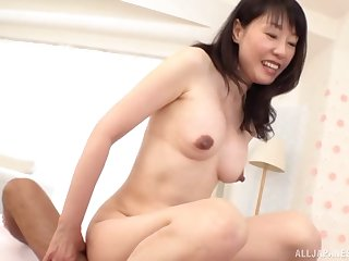 Japanese grown up gets their way hands on a fit dong be advantageous to their way voluptuous needs