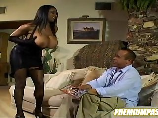 Carmen Hayes Big Knockers Paradise