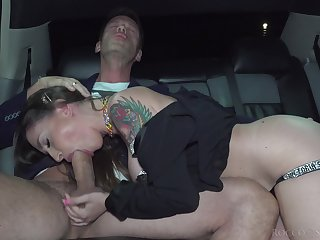Dude bangs a hot MILF in along to backseat be expeditious for his answer limousine