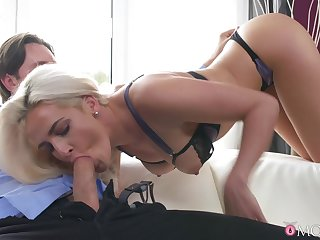 Energized blonde MILF, nasty blowjob plus beamy changeless sex