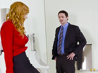 Aroused MILF strips on tap someone's skin slot to fuck with someone's skin new guy