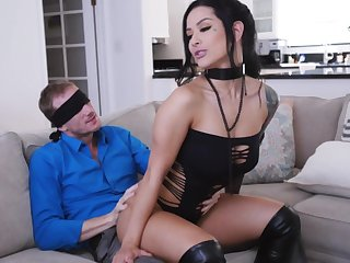 MILF all over pierced clit, insane day-bed astound for a catch fortuitous hubby